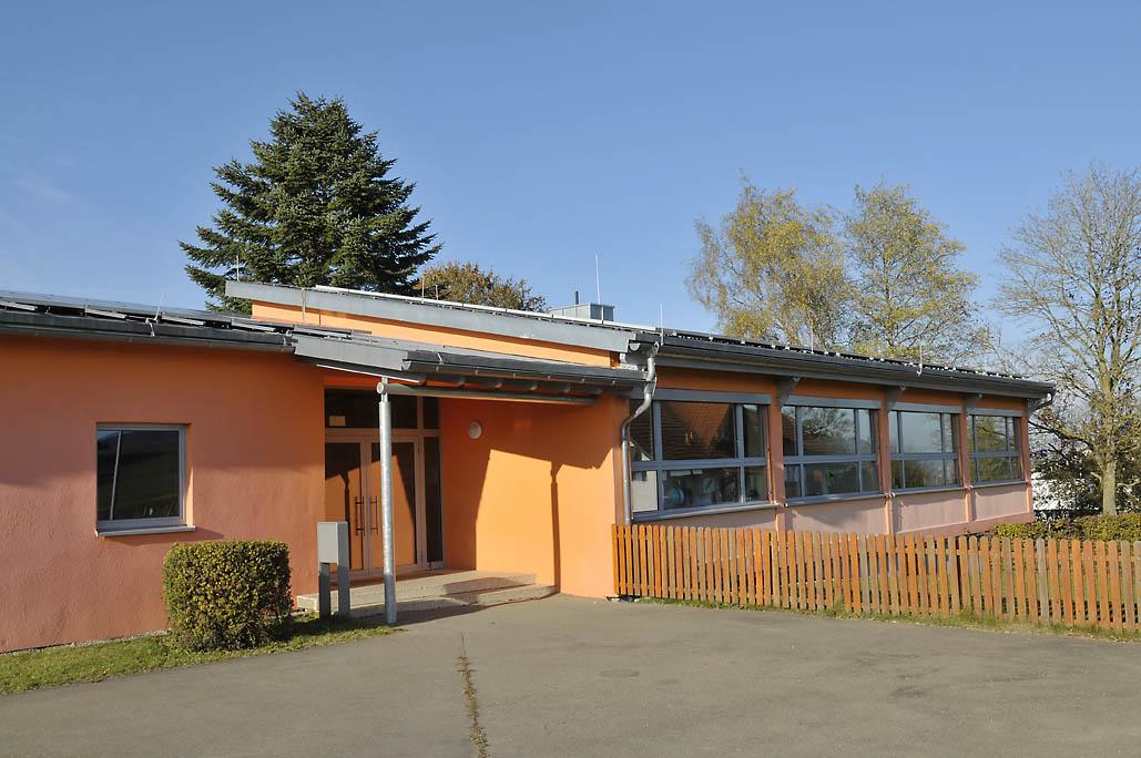 Schellenberger Schule Außenstelle Behla Außenansicht