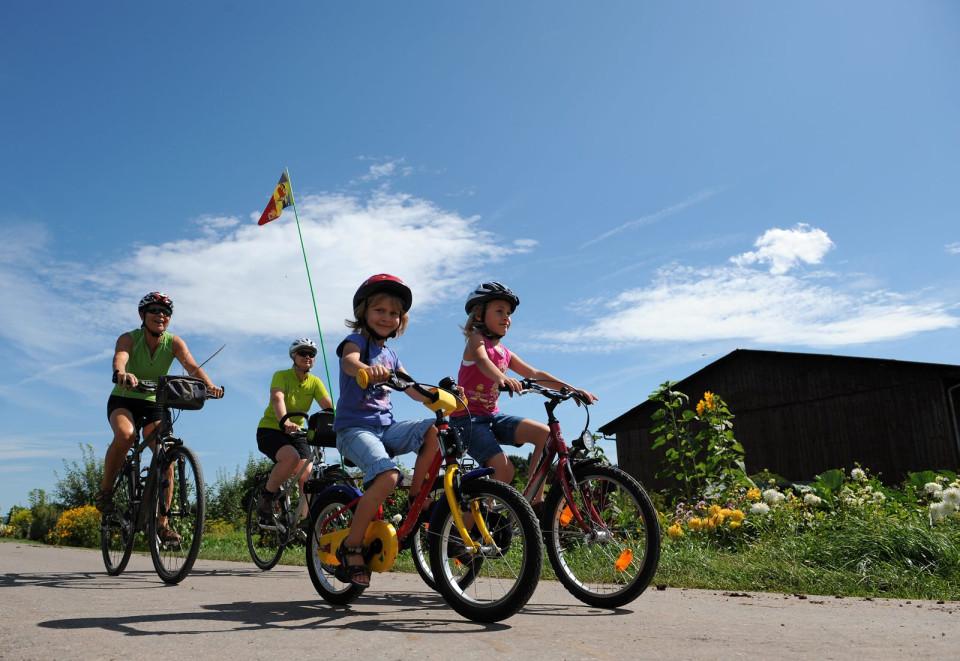 Radfahren mit der Familie in Hüfingen