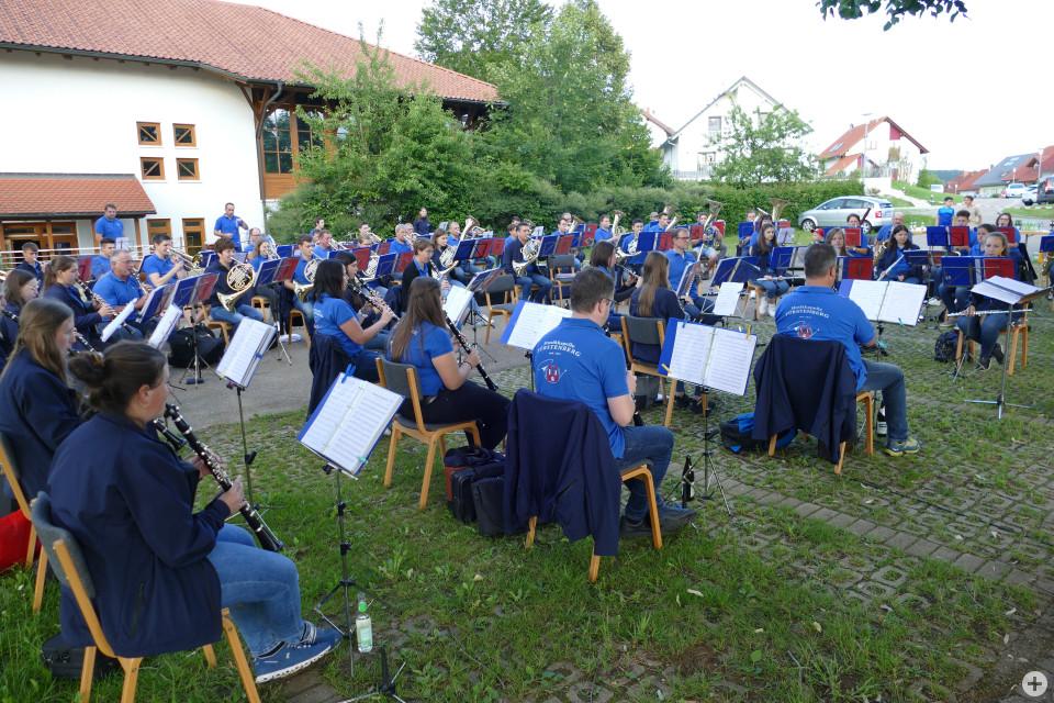 Die Musikkapelle Fürstenberg unterhielt die Gäste